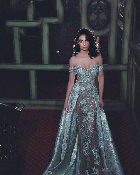 2019 Nuevos vestidos de talla grande Zuhair Murad fuera del hombro Vestido largo hasta el suelo Apliques de encaje Vaina Vestidos de noche con cuentas 3775