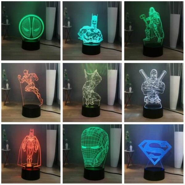 Marvel DC Legend Superhéroe Iron Man Spiderman Deadpool Batman Hulk Luz LED nocturna USB / Batería 7 Cambio de color Lámpara de escritorio LED Luz de mesa Regalo