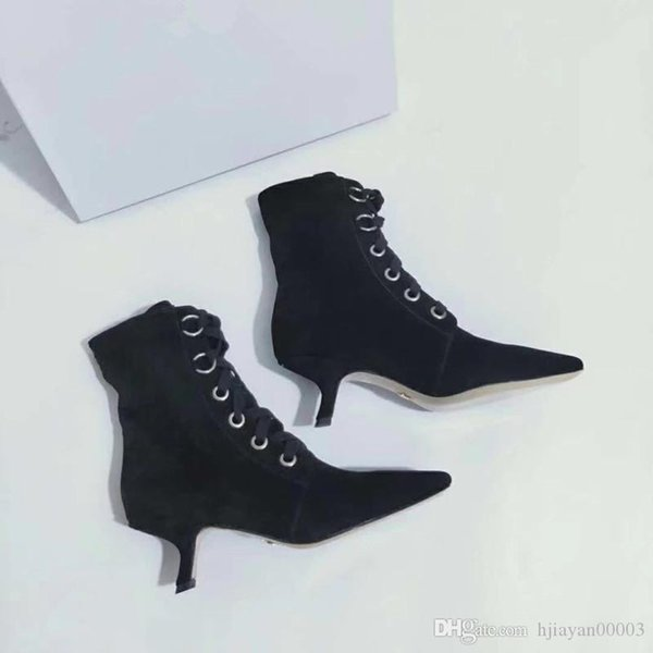 2019 New Brand Designer Shoes Sneakers High Heels Half Knees Ankle Boots Red Bottoms Fashion Size 35-41 king190903