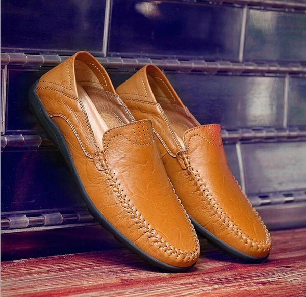 2019 Nuovo Morbido cuoio genuino degli uomini scarpe casual slip on uomo mocassini mocassini traspirante marrone nero scarpe da guida più dimensioni UE: 38-47