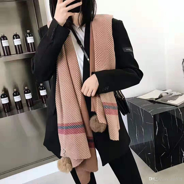 Casual real rabbit hair ball two-sided design sense trend fan, super love style, cashmere shawl oversize multi-function, classic style gener