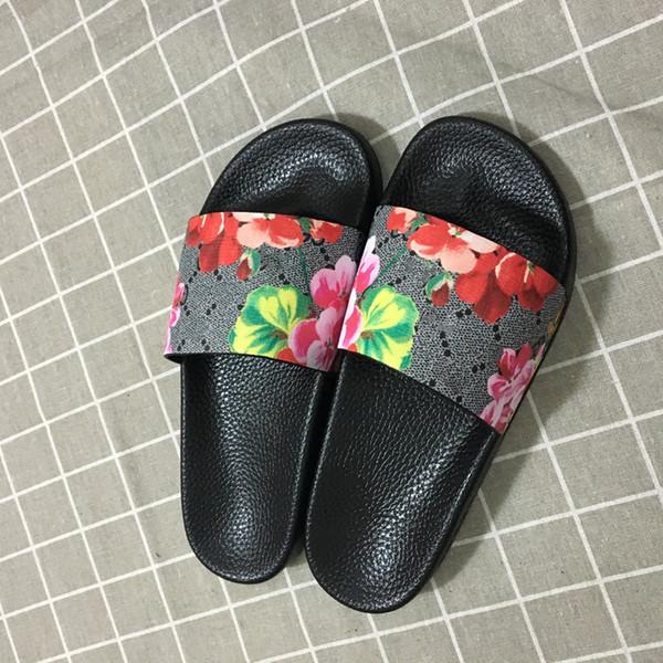 Lüks Tasarımcı Ayakkabı Slaytlar Yaz Plaj Kapalı Tasarımcı Sandalet Ev Olmadan Tasarımcı Çevirme Çiftler Terlik Kutusu Olmadan