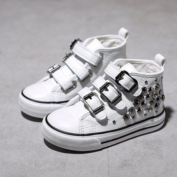 Rivets Children's Canvas Shoes 2019 Spring New Korean Princess Shoes High Top Girls Sneakers Casual Girls Shoes Y19062001