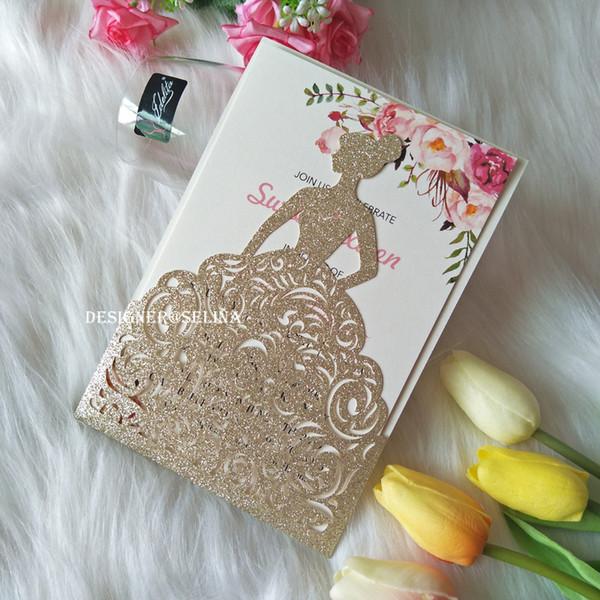 Glitter Convites do casamento de 2019 Light Gold Laser Cut Crown Princess Cartões do convite para o aniversário Doce 15 Quinceanera, aniversário convida