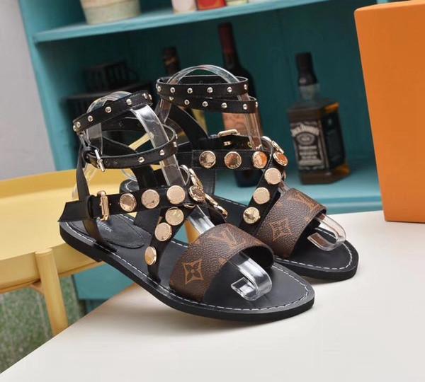 2019 nécessaire Sandales de designer de la marque Super Les sandales Gladiator sont en cuir vintage.