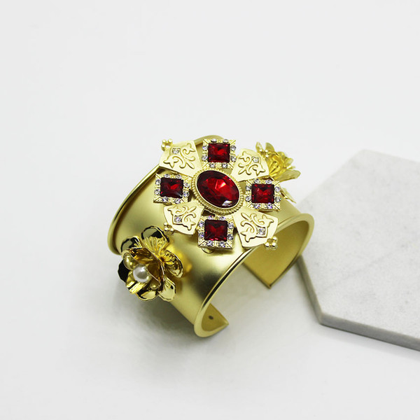 ashion Jewelry Bangles 2017 New Arrival Wedding Big Crystal Flower Bracelet Cross Gem Metal Vintage Word Wide Bracelet Bangle Hand Jewelr...