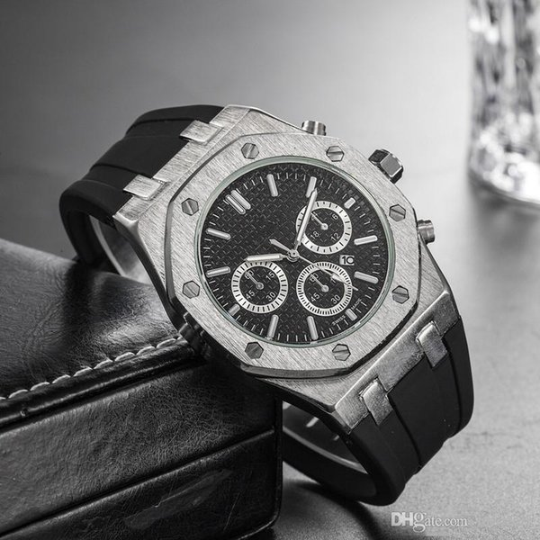 best selling Fashion Comfortable Rubber Strap Mens Luxury Watch Quartz Movement Top Brand offshore Royal Male Oak Wristwatch 40mm Military Clock