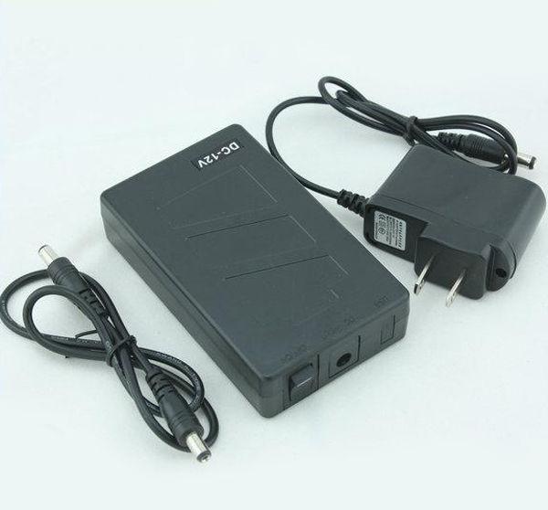Batteria ricaricabile agli ioni di litio portatile Super Capacità DC 12V 6800mAh per CCTV Cam Monitor EU / US Plug Spedizione gratuita