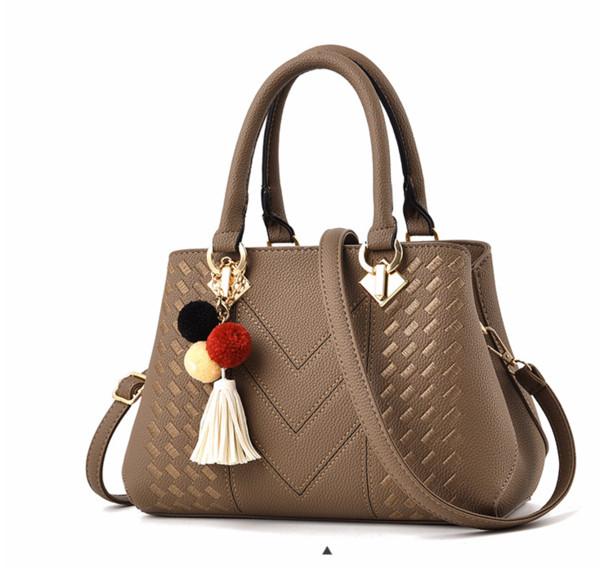 Designer Handtaschen Portemonnaie Damenhandtasche Handtasche der Frauen mit großer Kapazität mit geringem Gewicht Schulterbeutel Neuen Stickgarn Damekuh ///