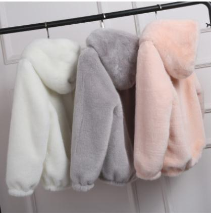 2019 Women Short Section Large Size Winter Autumn Spring Man-Made Fur Jacket Female Sexy Faux Fur Hooded Coats Size 5Xl 6Xl S30