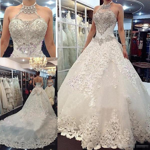 2018 vestido de fiesta de lujo Bling vestidos de novia con cristales de cabestro cuentas de encaje sin espalda corsé una línea de tren capilla por encargo vestidos de novia