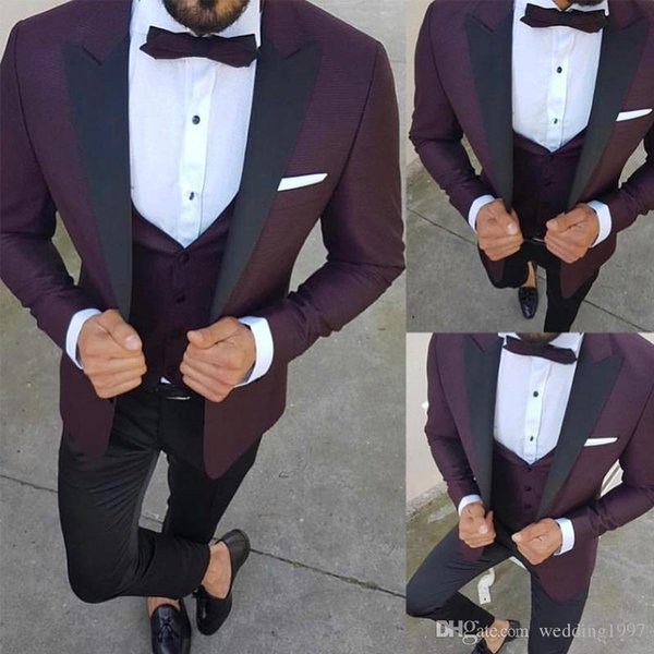 Slim Fit Men Suits Black Peaked Lapel Blazer Three Piece Wedding Groom Tuxedos Jacket Pants Vest