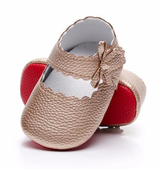 HONGTEYA Yeni stil Bebek Kız yumuşak Kırmızı taban Bale Elbise Ayakkabı PU deri 0-18M için Mary Jane Sidebow Bebek Makosenler
