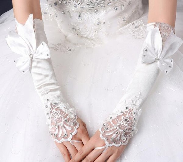 The newest and best selling bridal gloves wedding dress accessories long white lace hook with bow bright diamond gloves free shipping