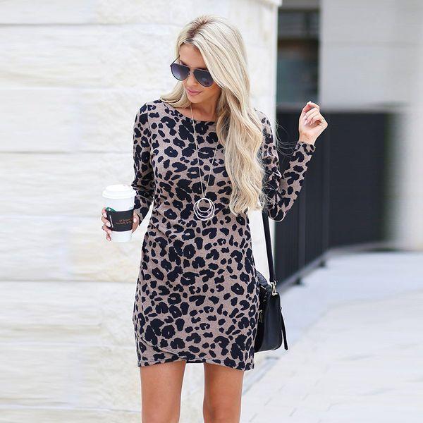 khaki leopardo