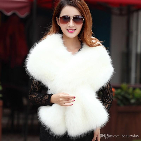 2018 Winter Wedding Coat Bridal Faux Fur Wraps Warm Stick shawls Outerwear Black Gary White Shrug Women Jacket Prom Evening Cheap In Stock