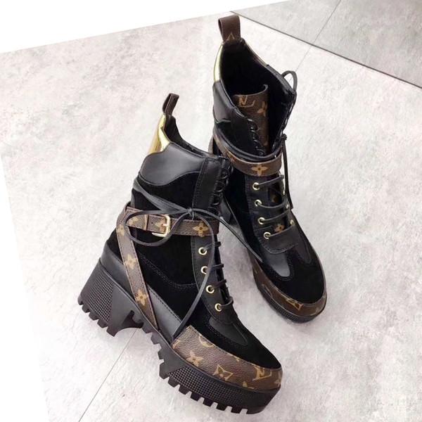 Nuovi Stivali da donna Stivaletti in pelle genuini Flat Addensati Stivali chunky con tacco basso Scarpe casual Laureate Platform Desert Boot Bottes Femmes