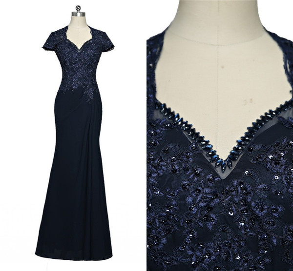 Stunning Navy Mermaid 2019 Mother of the Bride Groom Dresses With Crystal Bling Sequins Applique Lace Cheap Long Evening Formal Dress