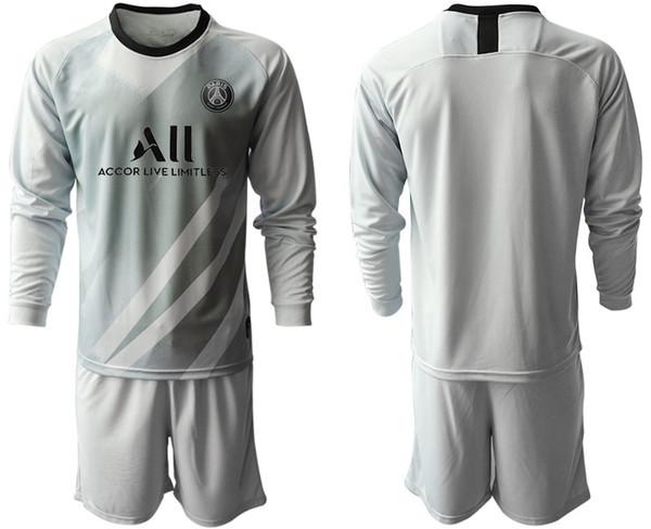 New PSG goalkeeper white