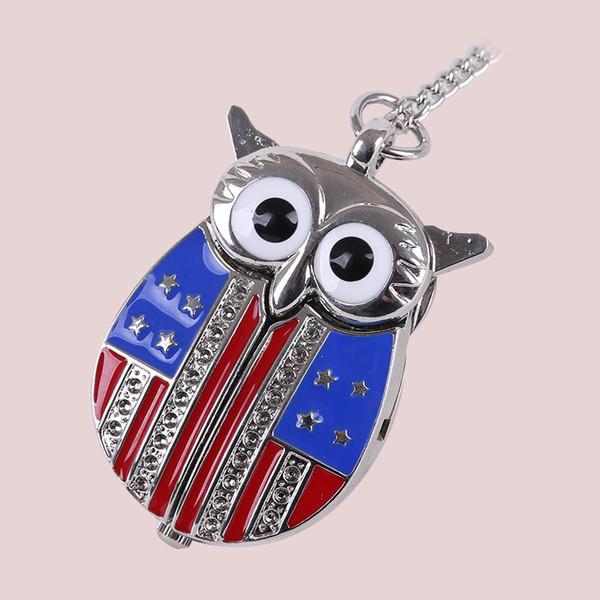 Neue Ankunfts-Weinlese-Eulen-Flaggen-Quarz-Taschenuhr mit hängender Strickjacke-Halsketten-Kette