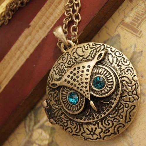 Necklaces Pendant for Women Fashion Jewelry Antique Bronze Blue Eye Owl Locket Retro Long Chains Necklace Pendant