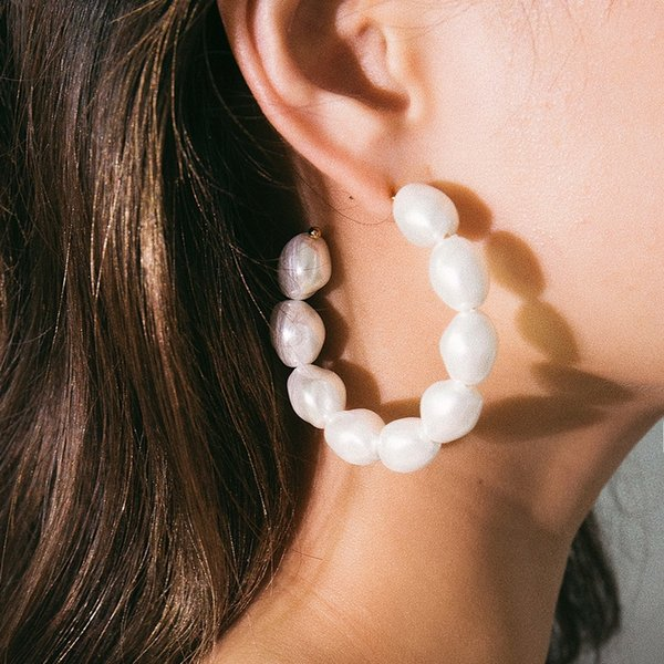 simple elegant irregular baroque pearl earrings for women fashion geometric round circle hoop earrings ear jewelry gift xr2356