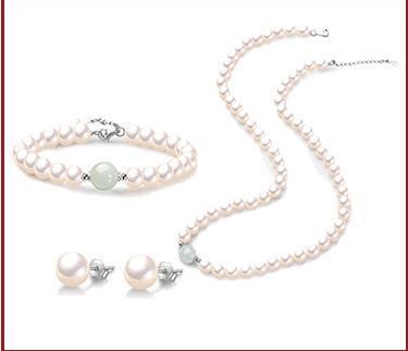 L'acqua verde della giada cade la moda dei gioielli delle donne della collana della perla naturale dell'acqua dolce