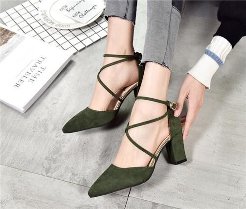 Bombas de las mujeres zapatos de plataforma de la flor blanca del cordón hecho a mano de los altos talones del vestido de novia de boda de la perla zapatos sandalias de las señoras del partido de baile Zapatos de banquetes