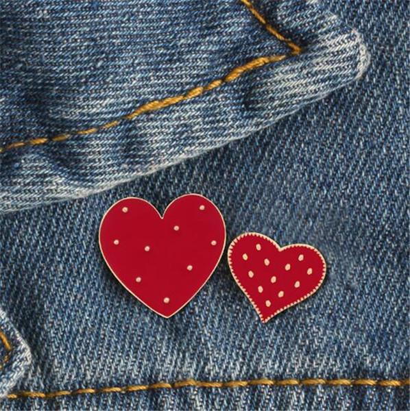 New 2019 Cartoon Red Big Small Heart Enamel Pins Cute Women Brooch Denim Jackets Lapel Pin Decoration Badge Fashion Jewelry Gift T352