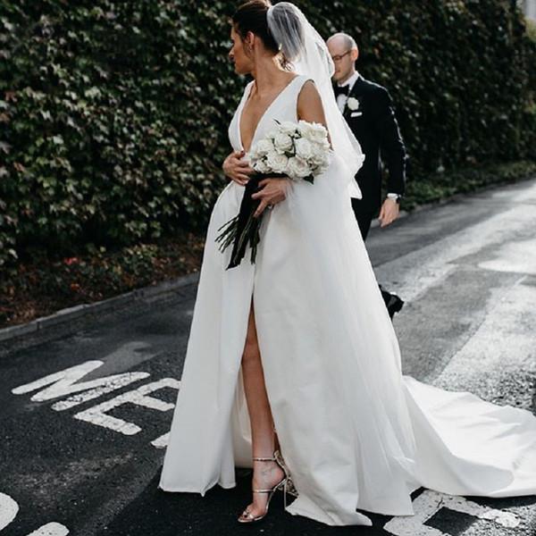 Elegant Satin Femmes Robes De Mariée 2019 Une Ligne Devant Fendue Blanc Vintage Casamento Robes De Mariée Robes De Nouveauté Boho