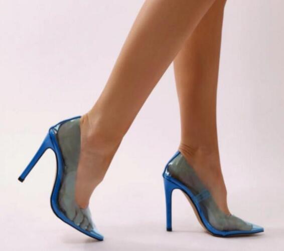 2019 Nuevas mujeres de la llegada de PVC tacones altos bombas de tacón delgado zapatos de fiesta bombas de PVC de punta estrecha zapatos de vestir ver a través sexy tacón