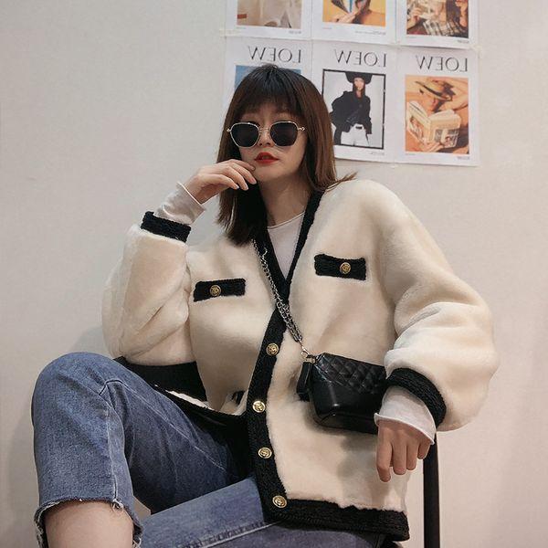Hiver 2019 nouveau collier de farceur tempérament épissage cuir femme manteau de fourrure V petit riz parfumé vent fourrure blanche