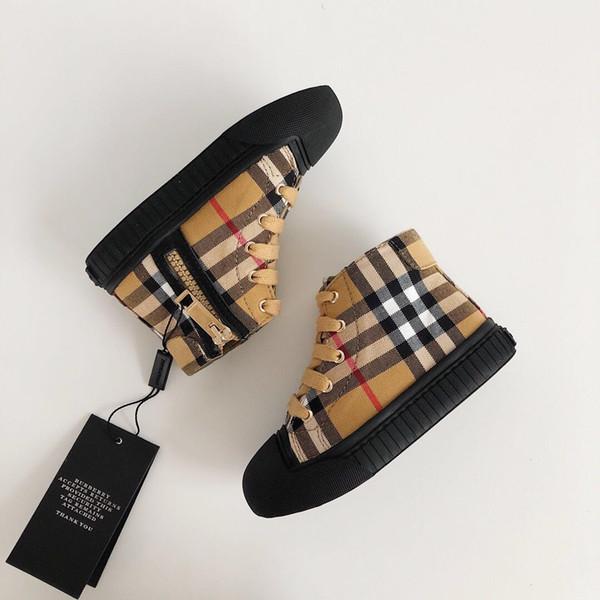 Kids Designer Shoes 2019 New Luxury Shoe Fashion Plaid Printed Shoes British Style High-top Trend Boys & Girls Teens Sports Shoes 2 PCS