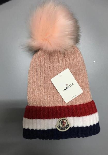 Venta caliente 2019 Nuevos sombreros de Skullies Gorros bordados con diamantes Hip Hop para hombres Accesorios de mujer Sombrero de algodón de punto para mujeres