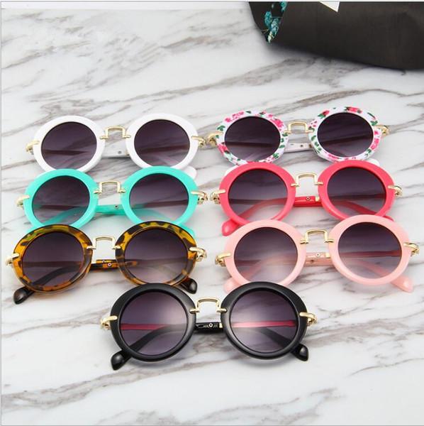 Bambini rotondo schermo datati occhiali da sole Sport Boys Vetro di Sun Flower Girl Eyewear Stampa Moda bambini della spiaggia di estate Sunblock Accessori TL1053