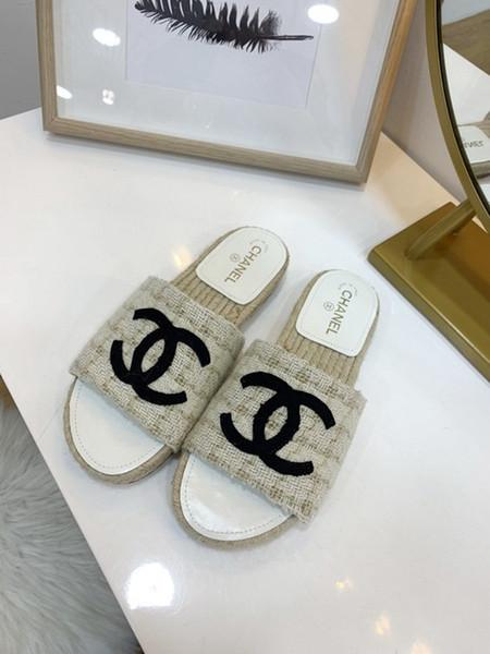 Las sandalias elegantes de las mujeres más vendidas calzan la calidad perfecta y el estilo de la personalidad y con la caja de zapatos cómoda