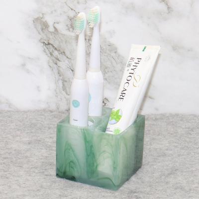 Tooth brush B