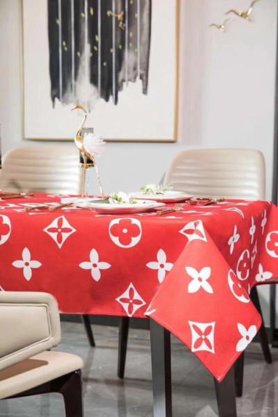L Lettera Fashion Luxury Design tovaglia rossa cottonlinen impermeabile Fresh Style Decor Tavolo da pranzo Mats stile moderno.