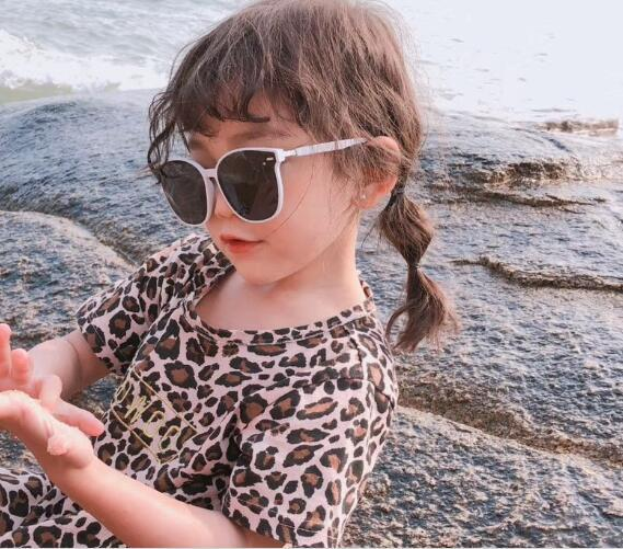 top popular the same paragraph 2019 new children's paternity glasses sunglasses  sunglasses boys and girls 2021