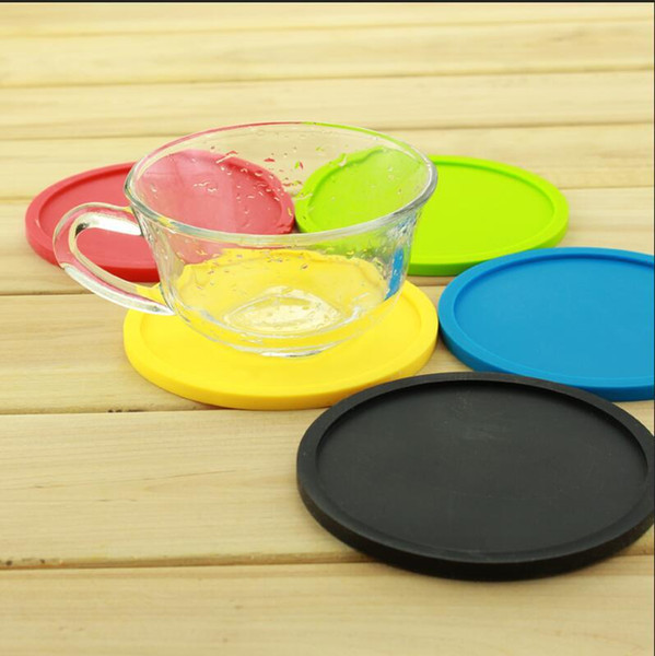 Round and thick silicone cup mat Pure color environmentally friendly drink coaster Creative diameter 10cm table mat