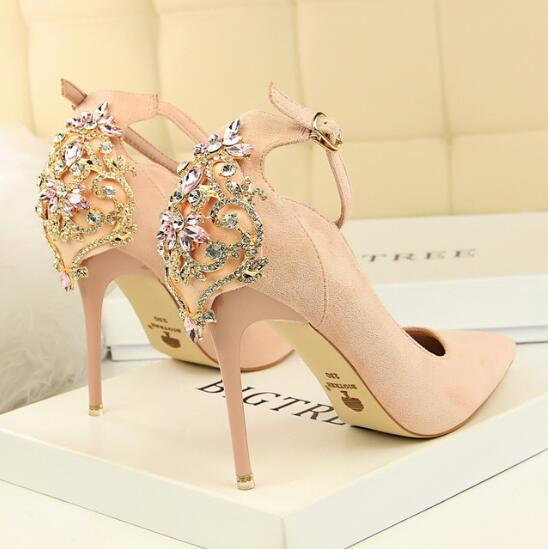 2019Elegant Crystal Pointed Toe Wedding Shoe Women's Pumps Solid Flock Fashion Buckle Shallow High Heels Shoes for Women
