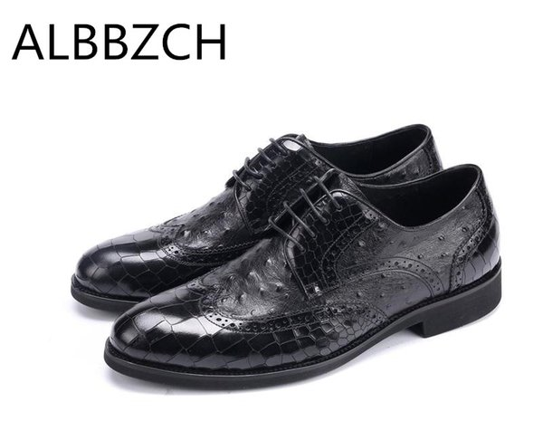 New  embossed leather men shoes fashion ostrich pattern design formal dress shoes suit wedding high grade work