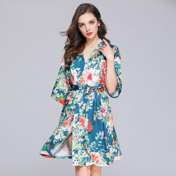 Шелковый сатин с цветочным принтом Короткое платье-кимоно с V-образным вырезом и половиной рукавов для невесты Халат для подружки невесты Сексуальная пижама