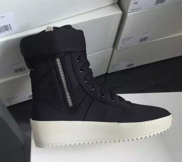 kingseller777 / Deus medo de alta qualidade mais militares botas formadores homens botas de moda trabalho homens sapatos frete grátis