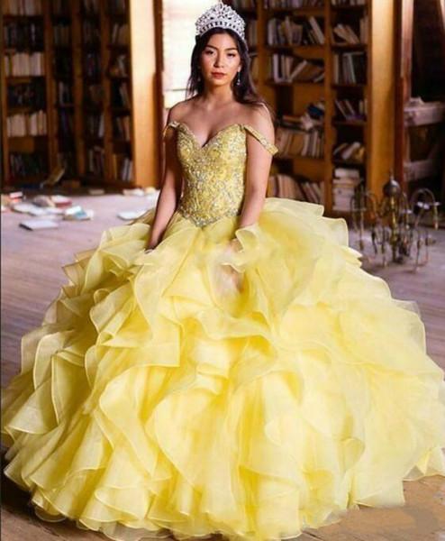 Elegancia de organza con volantes Dulce 16 vestidos de quinceañera de color amarillo fuera del hombro Beads Tiers sin mangas de la muchacha vestido de fiesta de graduación Vestidos largos formales