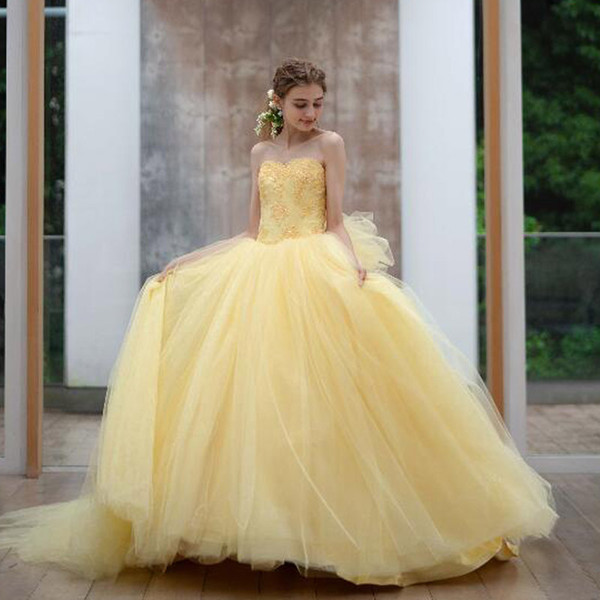 Attractive Yellow Ball Gown Quinceanera Dresses with Big Bow Tie Sweetheart Appliques Puffy Pageant Dress Layer Tulle Skirt Make Up Dress