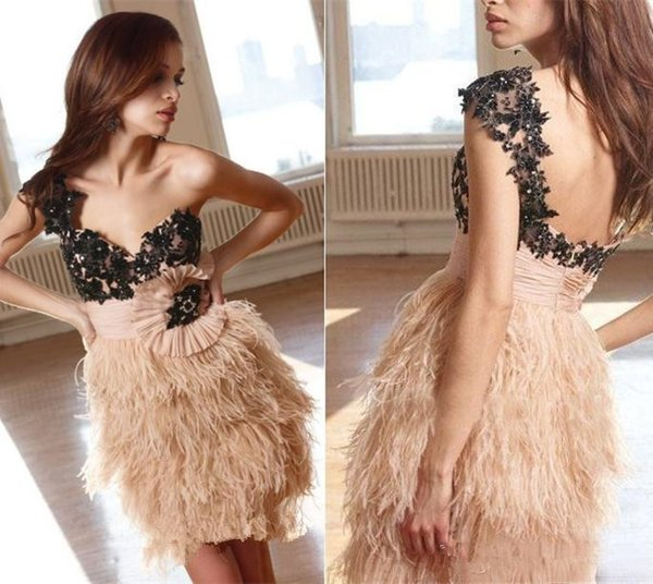 Black Lace Applique One Capped Sleeve Cocktail Party Evening Gowns with Sash Feathers Short/Mini Prom Dresses Sexy Backless