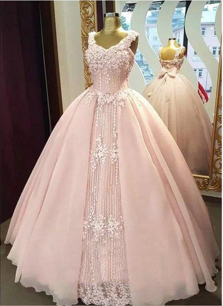 Chic V-Ausschnitt ärmellose Chiffon-Spitze Günstige Ballkleid Abendkleider Applique Mädchen Rosa Partykleider mit Schleife Zurück Abendkleider Designer