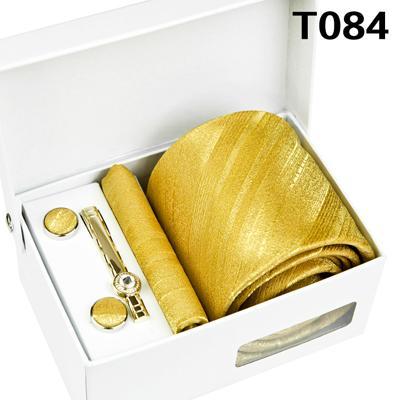 T084 Set a quattro pezzi
