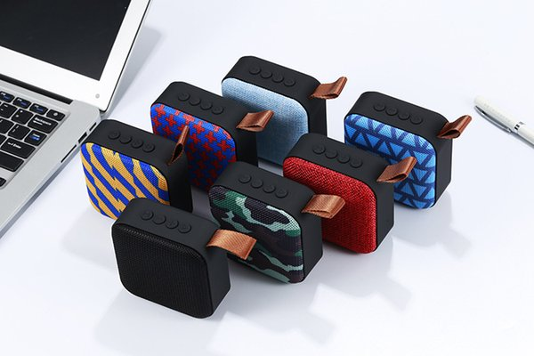 2019 wireless Bluetooth mini speaker Portable card aux usb input subwoofer mobile audio box with mic and retail box